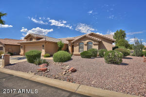 15804 W PICCADILLY Road, Goodyear, AZ 85395