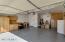2.5 car garage w/Epoxy floors & work bench