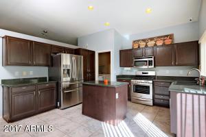 4021 W COLUMBINE Drive, Phoenix, AZ 85029