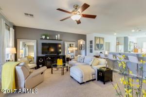 6630 S WHETSTONE Place, Chandler, AZ 85249