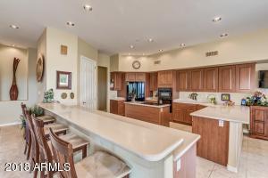 16850 E NICKLAUS Drive, Fountain Hills, AZ 85268