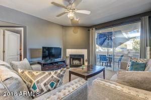 1747 E NORTHERN Avenue, 160, Phoenix, AZ 85020