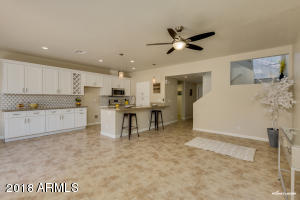 9705 E MOUNTAIN VIEW Road, 1158, Scottsdale, AZ 85258