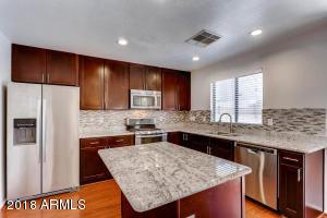 21845 N 40TH Place, Phoenix, AZ 85050