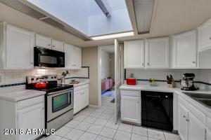 8205 N 3RD Avenue, Phoenix, AZ 85021