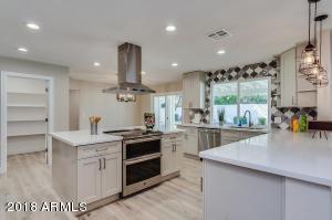 5702 E SANDY Lane, Scottsdale, AZ 85254