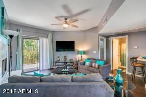 1352 E HIGHLAND Avenue, 202, Phoenix, AZ 85014
