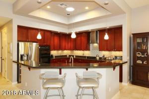 SPACIOUS KITCHEN OPEN TO THE GREAT ROOM!