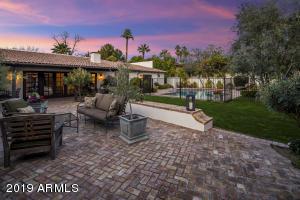135 E MARYLAND Avenue, Phoenix, AZ 85012