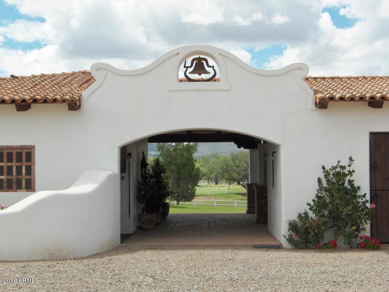 132 Amado Montosa Road