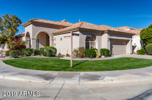 Exterior front of home - lovely and well maintained. Most desired Edmunds Barcelona floor plan!