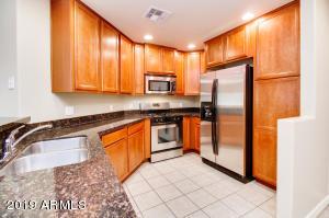 5450 E DEER VALLEY Drive, 2224, Phoenix, AZ 85054