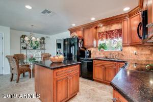 5916 E BOISE Street, Mesa, AZ 85205