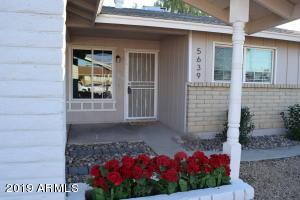 5639 W COMET Avenue, Glendale, AZ 85302