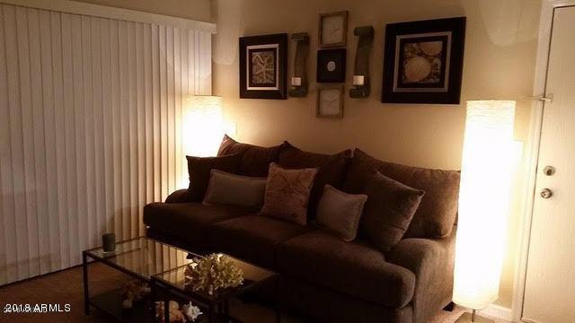 the living room with sky bar %e3%83%90%e3%82%a4%e3%83%88 decorating ideas for christmas us metro realty