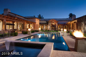 Enjoy the AZ sunsets year 'round in this resort style backyard.