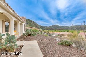 35250 S PINNACLE Place, Black Canyon City, AZ 85324