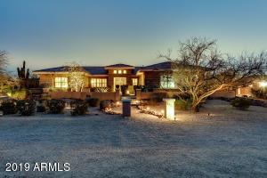 Gorgeous semi-custom home in Lone Mountain Ranch.