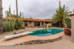 1501 N CRISMON Road, Mesa, AZ 85207