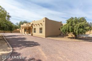 35510 N 3RD Avenue, Phoenix, AZ 85086