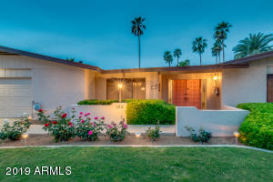 125 E CAMPINA Drive, Litchfield Park, AZ 85340