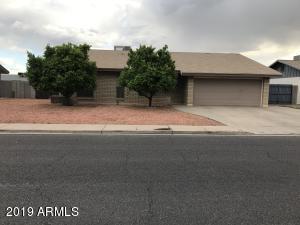 915 E GARNET Avenue, Mesa, AZ 85204