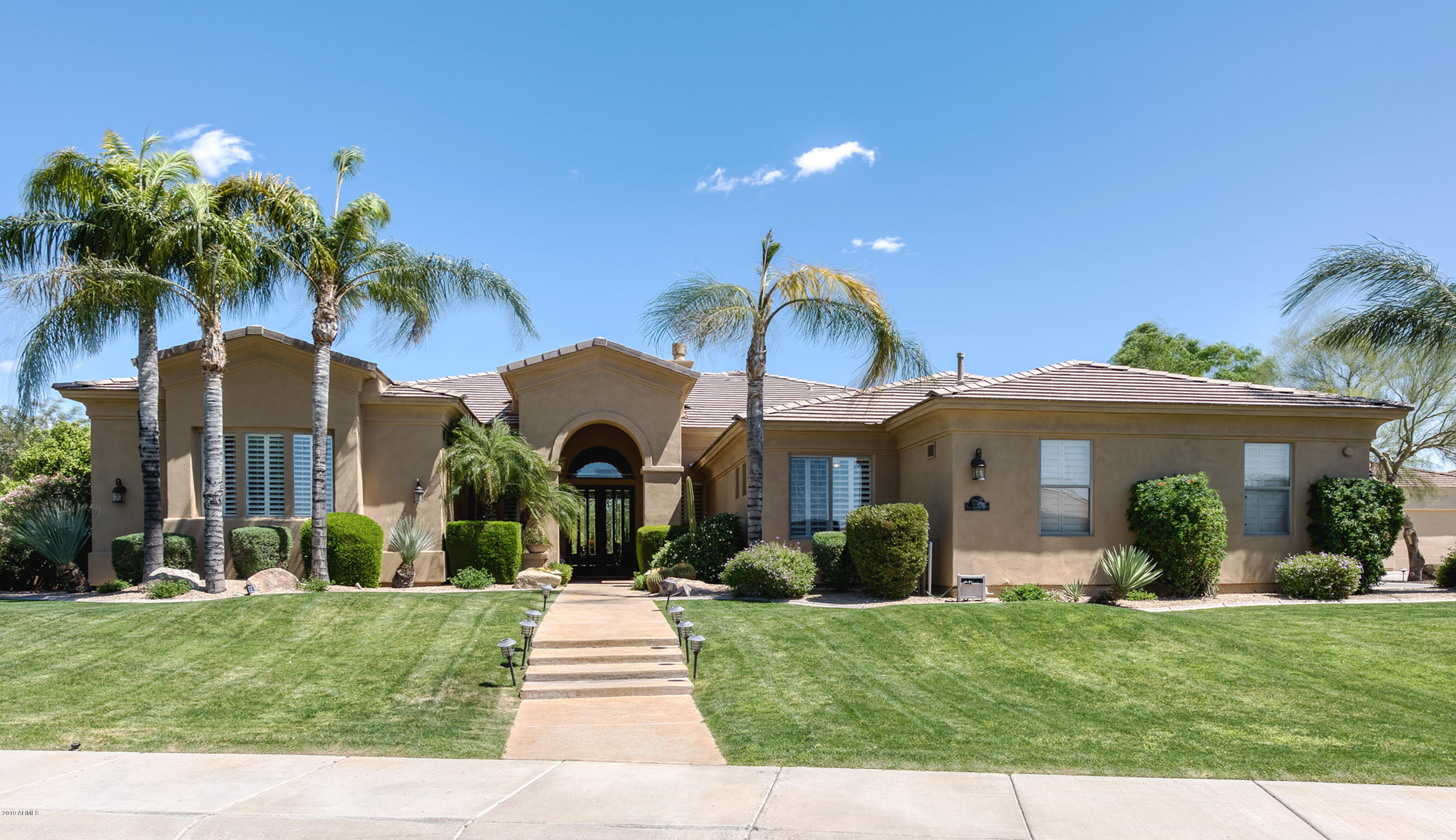 Scottsdale Homes For Sale with Guard Gated Entry – Homes for sale in