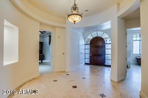 2 BILTMORE Estates, 113, Phoenix, AZ 85016