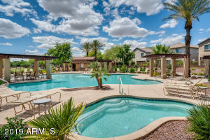 1928 W DAVIS Road, Phoenix, AZ 85023