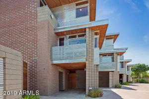 930 S ASH Avenue, Tempe, AZ 85281