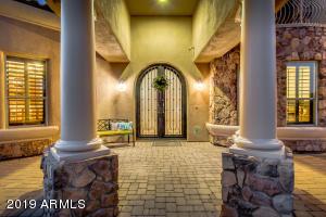 8008 E ROCHELLE Street, Mesa, AZ 85207