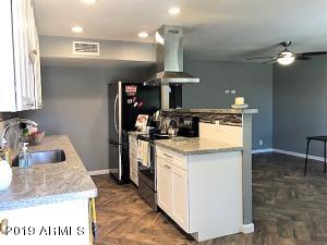 3944 W MARYLAND Avenue, Phoenix, AZ 85019