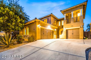 Stunning home with great curb appeal!
