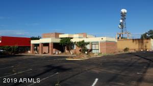 102 E 3rd Street, Winslow, AZ 86047
