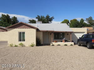 2402 W HAYWARD Avenue, Phoenix, AZ 85021