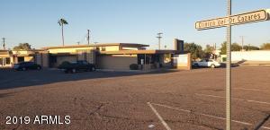 438 E SOUTHERN Avenue, Phoenix, AZ 85040