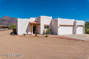 5335 E 14th Avenue, Apache Junction, AZ 85119
