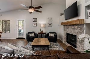 658 W Myrtle Drive, Chandler, AZ 85248