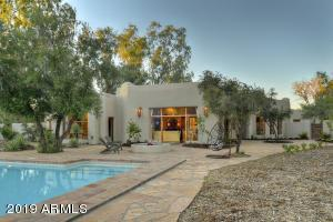 9242 N 52ND Street, Paradise Valley, AZ 85253
