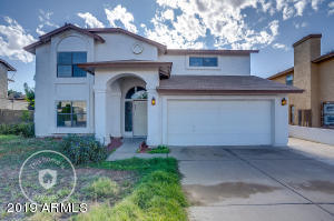 8825 W WINDSOR Avenue, Phoenix, AZ 85037