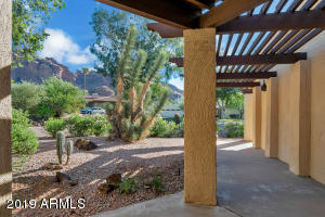 4728 E PALO VERDE Drive, Phoenix, AZ 85018