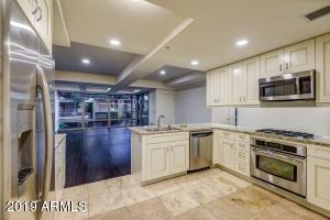 7147 E RANCHO VISTA Drive, 4006, Scottsdale, AZ 85251