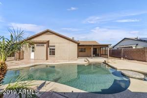 8815 W SELDON Lane, Peoria, AZ 85345