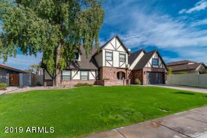 902 W CLAREMONT Street, Phoenix, AZ 85013
