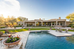 8617 N 49th Street, Paradise Valley, AZ 85253
