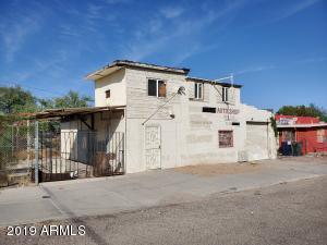 2414 S 7TH Avenue, Tucson, AZ 85713