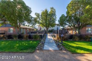 243 W TURNEY Avenue, Phoenix, AZ 85013