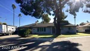 8549 E ANGUS Drive, Scottsdale, AZ 85251
