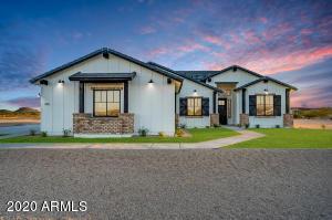 345 W STERLING Street, San Tan Valley, AZ 85143
