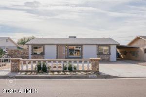 1323 E DESERT COVE Avenue, Phoenix, AZ 85020